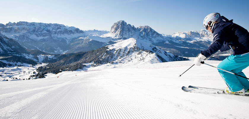Italy_The-Dolomites-Ski-Area_Skier-action-mountains.jpg